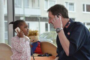 Kinder in der Kita Mühlenpark lernen Erste Hilfe