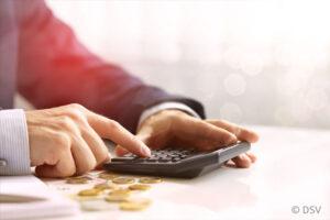 Lohnt sich sparen und Geld anlegen noch?