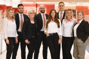 Mitarbeiter des BeratungsCenters der Sparkasse Bielefeld
